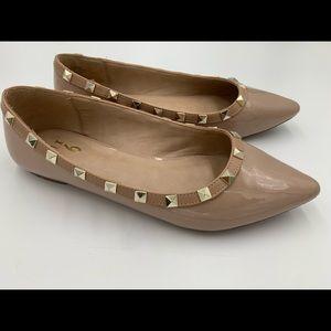 Mix No.6 Amanda flat, studded trim, pointed toe